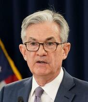 米、ゼロ金利解除23年に前倒し