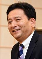 県政の課題について取り組みを述べる山口祥義知事=佐賀県庁