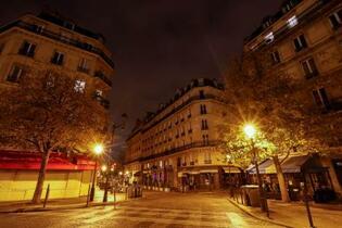 フランス、外出制限を再び実施