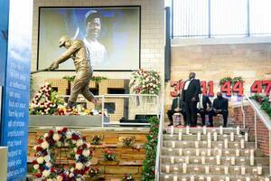 22日に86歳で死去したハンク・アーロンさんをしのぶ会=26日、米アトランタ(AP=共同)