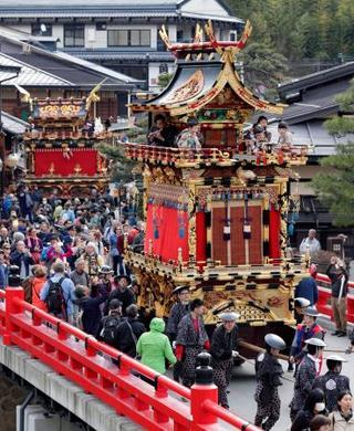 岐阜「春の高山祭」開幕