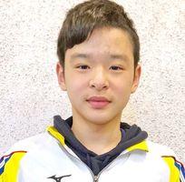 50メートル背泳ぎで28秒19をマークし、長水路の日本学童記録を更新したビート伊万里の寺川琉之介=山口市
