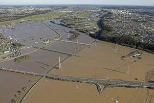 河川の堤防整備計画、3割未達成