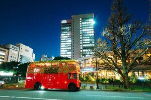 東京都内を走る「いちごさんバス」。19日まで運行する(佐賀県提供)