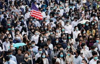 香港、衝突で70歳男性死亡