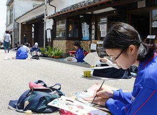 肥前浜宿の町並み描く スケッチ大会に600人
