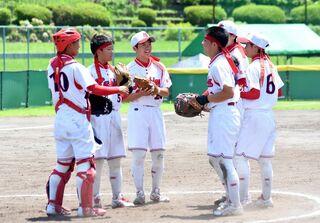 ソフトボール「鹿島」初戦で涙 南部九州総体