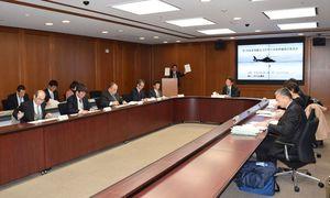 防災ヘリの整備方針を検討する委員会=佐賀県庁