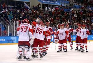 チェコに快勝し、喜ぶOARの選手たち=23日、江陵(ゲッティ=共同)