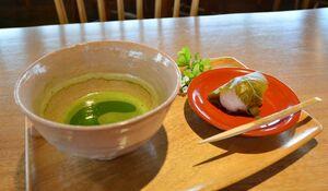 基幸庵の「抹茶と和生菓子の盆」