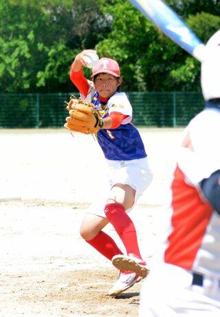 <佐賀県中学女子ソフトボール・最終日>ヒロイン 鹿島対決、西部を圧倒