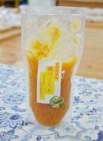 完熟南高梅を使った「梅ペースト」(200グラム、500円)