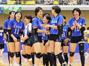 リーグ戦での躍進が期待される久光製薬スプリングス。10月の愛媛国体でも5年ぶりの優勝を飾った=愛媛県の伊方スポーツセンター