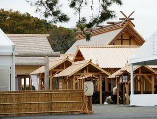 宮内庁、完成した大嘗宮を公開