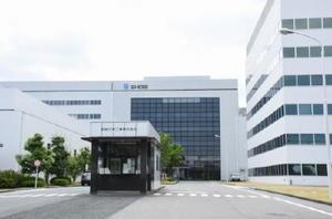 東京の事業所から研究開発部門が移る昭栄化学工業の鳥栖事業所=鳥栖市藤木町
