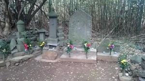 真田幸村をまつったとの言い伝えがある供養墓。朝鮮出兵の時は真田氏の陣があった=唐津市鎮西町