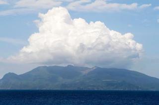 口永良部島、火山性地震は減少
