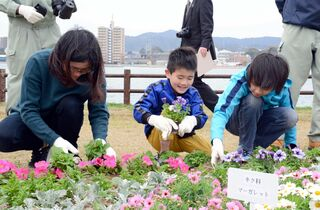 kirari!さがっ子(3月26日~4月1日の紙面から、みんなの表情を紹介!)