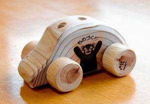 園児たちが手作りしたミニカー