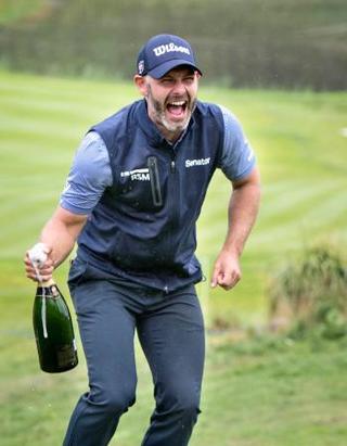 ゴルフ、ワリングがツアー初優勝