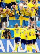 スウェーデンが韓国を下す