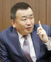 インタビューに答えるヤマト運輸の長尾裕社長