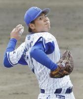 韓国プロ野球ハンファとの練習試合に先発し、2回無失点と好投したDeNA・濵口=宜野湾