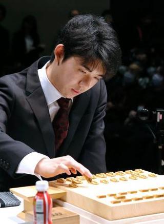 藤井聡太、最年少の棋戦優勝