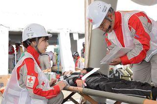 日赤8県支部合同訓練 救護手順や連携確認