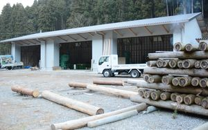 太良町森林組合が建設した製材所=太良町大川内