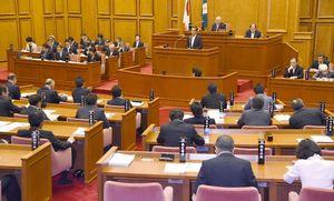 九州新幹線長崎ルートを巡る問題などについて質疑した一般質問=佐賀県議会棟