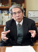 スマイル学習をはじめ、武雄市の教育改革について語る浦郷究教育長