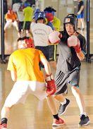 佐賀のニュース 中学生にボクシング指導