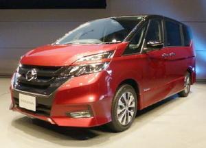 全面改良し、自動運転技術を採用した日産自動車の「セレナ」
