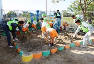 保育園や幼稚園の砂場を抗菌化 県建設業協会青年部