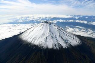 火山灰で鉄道停止7都県