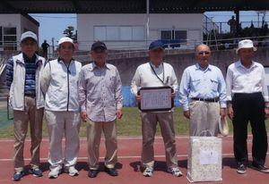伊万里眼科協賛第32回伊万里市老人クラブ連合会GG大会Bグループ優勝の栄町Dチーム