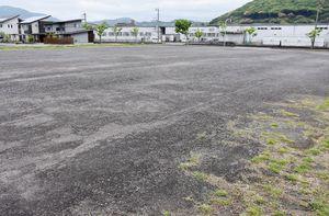 みんなの公園の整備を予定しているイオン江北店の近くの敷地=江北町