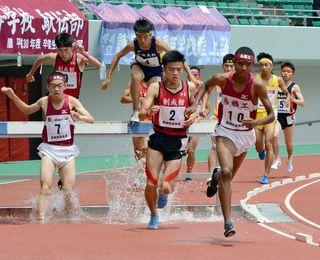 中島(鳥栖工)3000m障害V  全九州高校体育大会
