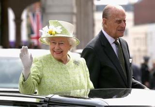 エリザベス女王、結婚70年