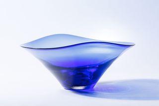現代アートと融合、伝統工芸に新商品 NPOが仲介