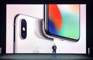 アイフォーンに高級モデル