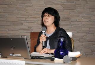 新聞使い社会に関心 佐賀市で教師向けセミナー