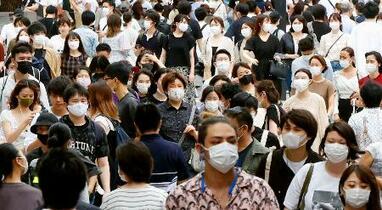 国内感染、新たに385人