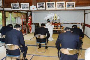 古賀峯一元帥をしのんだ慰霊祭=有田町の陶山神社
