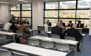基山町長選の説明会に2陣営 2月4日告示