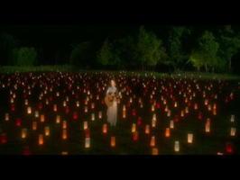 吉野ケ里歴史公園で撮影された歌唱シーン