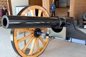 輝きを取り戻したアームストロング砲の砲身