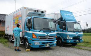 ドライバー不足が深刻な運送業界。取引企業と運賃引き上げ交渉を始める企業も出てきた=神埼郡吉野ヶ里町のミヤハラ物流