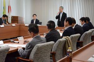 三重津海軍所跡の管理の方針について報告した「佐賀地区管理保全協議会」=佐賀市役所